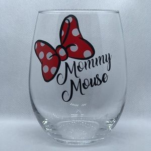Mommy mouse 21 oz wine glass